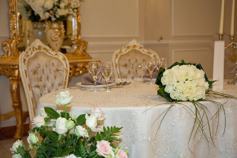 Sala lady. D Tavoli sposi