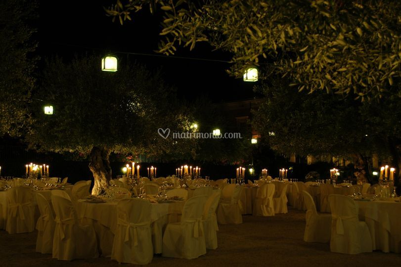 Cena nel giardino degli ulivi