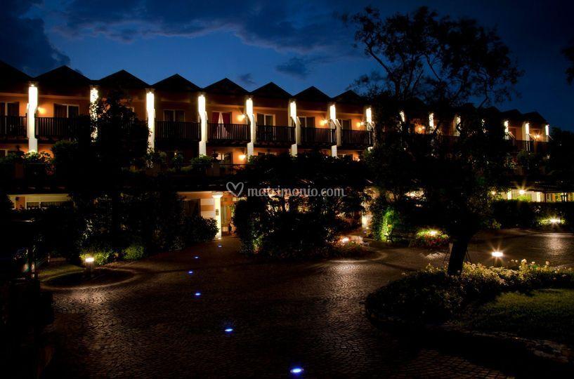 Iseolago Hotel by night