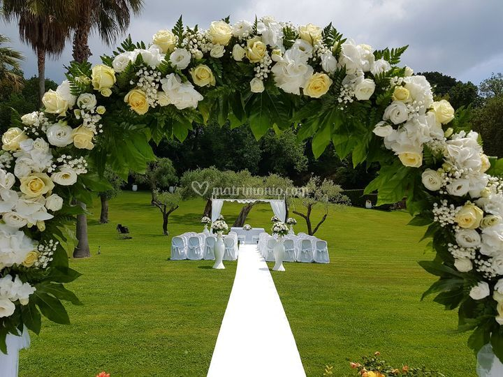 Matrimonio civile in villa