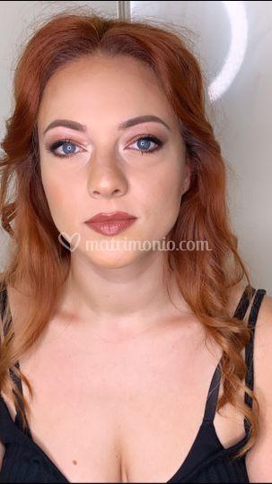 Make up invitata - Sara