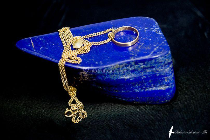 Oro su Lapislazzuli
