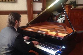 Andrea Tortona - Organista e pianista