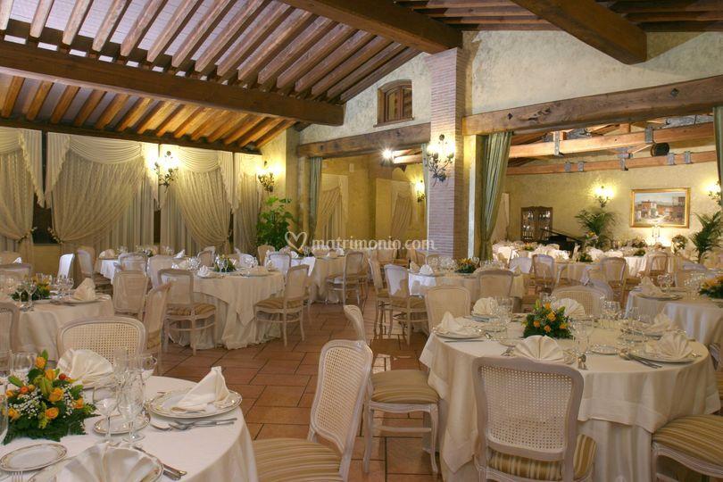 Location Matrimonio Simbolico Roma : Fontana di antico casale la carovana foto