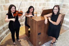 Trio Melody