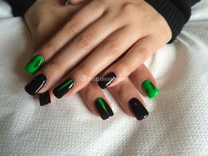 Decorazione unghie