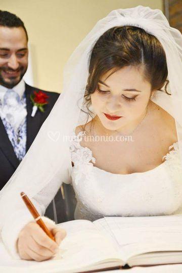 Trucco sposa con labbra rosse