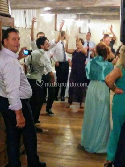 E tutti ballano..