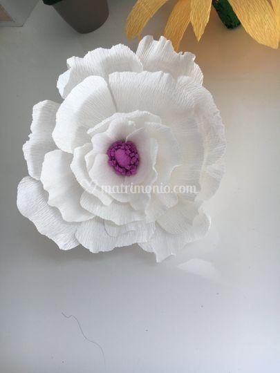 Fiore in carta crespa, decor
