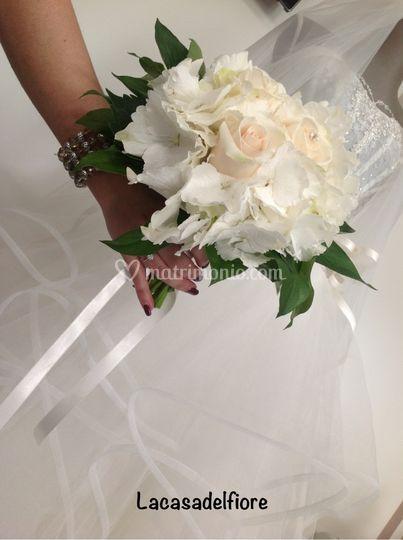 Bouquet con ortensia