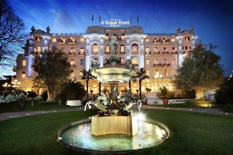La mitica facciata Liberty di Grand Hotel Rimini e Residenza Parco Fellini