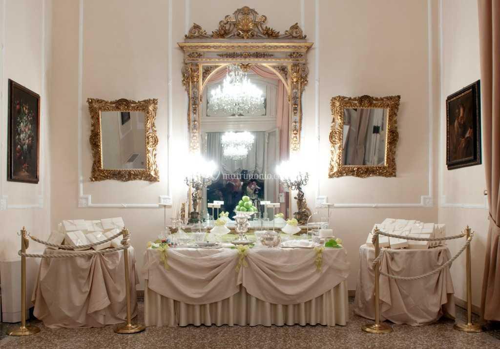 Bomboniere Matrimonio Rimini.Angolo Bomboniere E Confetti Di Grand Hotel Rimini E Residenza