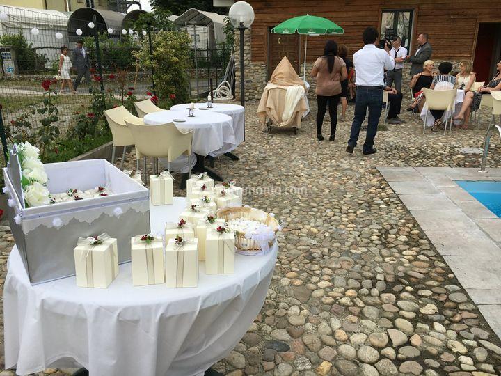 Tavolo delle bomboniere di Hotel FIera Rho - Terrazzano Cafè | Foto 18