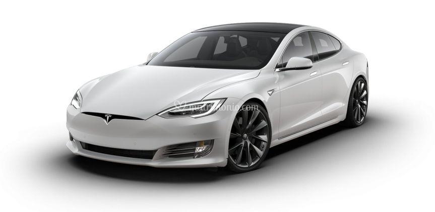 In arrivo Tesla S Performance