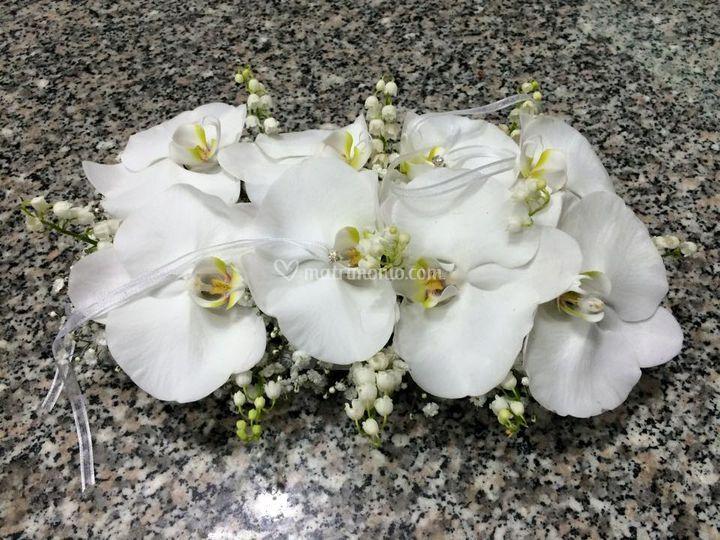 Portafedi con orchidee