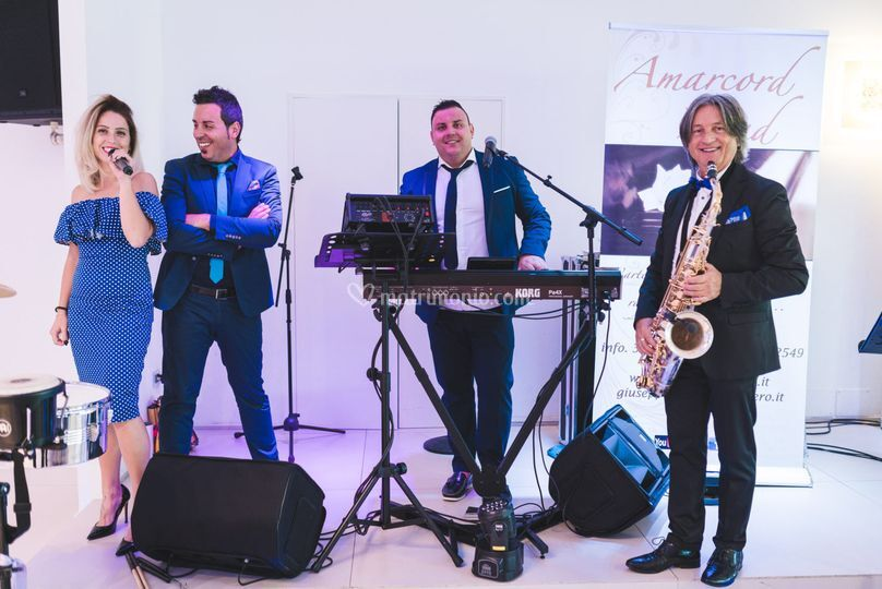 Amarcord band wedding band