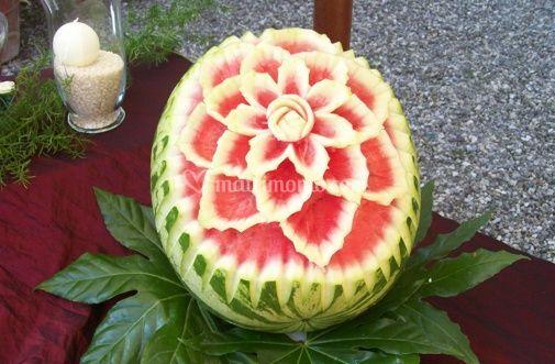 Frutta intagliata