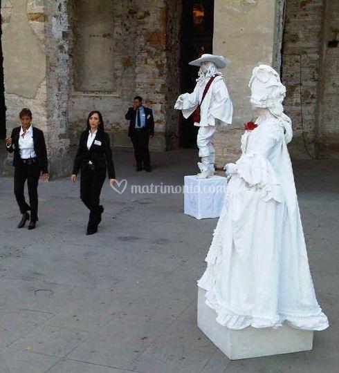 Statue Viventi locale nuziale