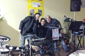 E La Musica Va - Live Music