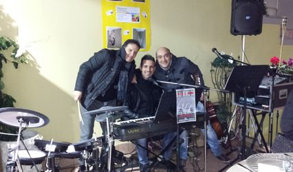 E La Musica Va - Live Music 1
