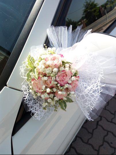 Addobbo macchina sposa
