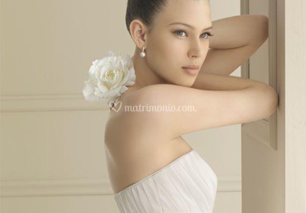 4d66b060eef1 Abito da sposa corto-lungo come tendenza 2012