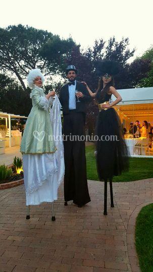 Trampolieri con vestiti a tema