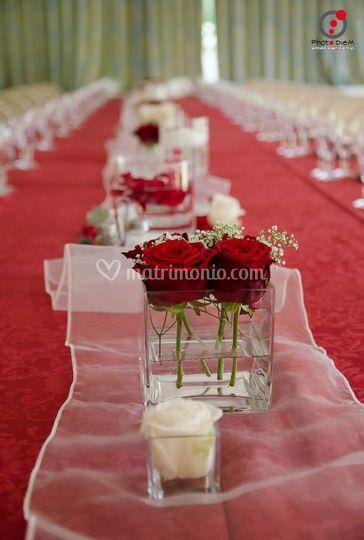 Allestimento tavolo reale
