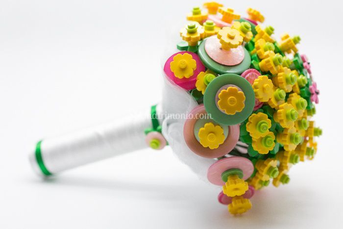 Unusual Bouquet  logo