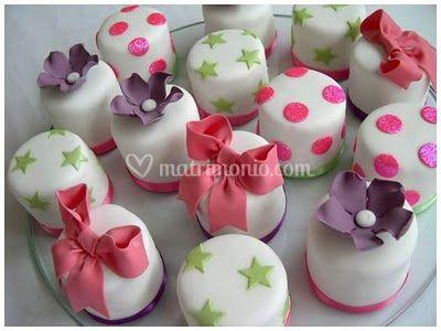 Elite Wedding Planners on Mini Cake   Segnaposto Di   Lite Wedding   Events   Foto 0