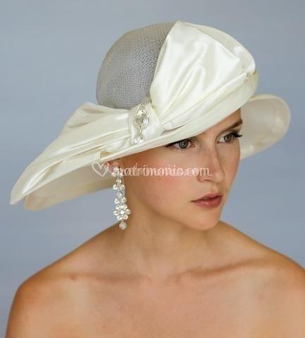 Consigli per portare il cappellino da sposa for Cappelli per matrimonio