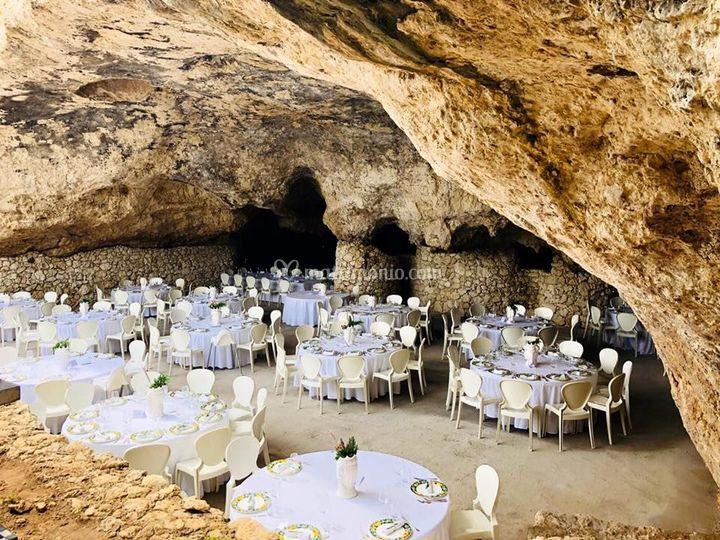 Grotta naturale