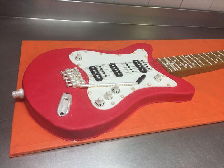 Torta chitarra rock