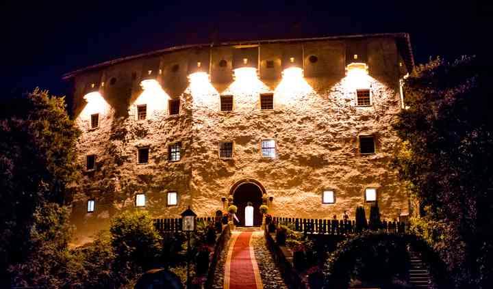 Castel Katzenzungen by night