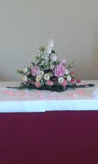 Composizione tavolo buffet