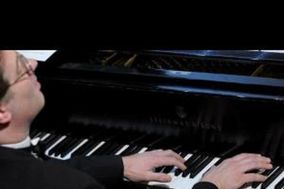 Dario Salvi, pianista e organista