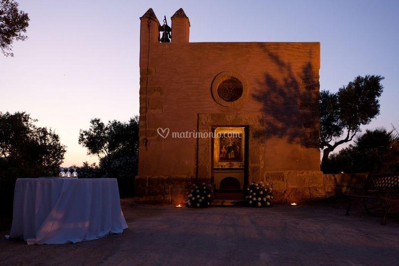 La chiesetta al tramonto