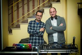 Patterson & Iaco Deejay Animation