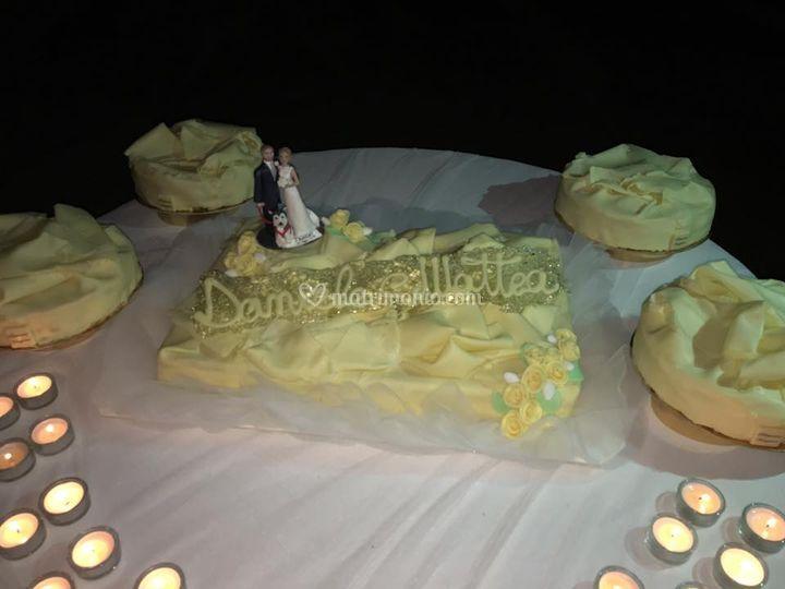 Cake topper sulla torta