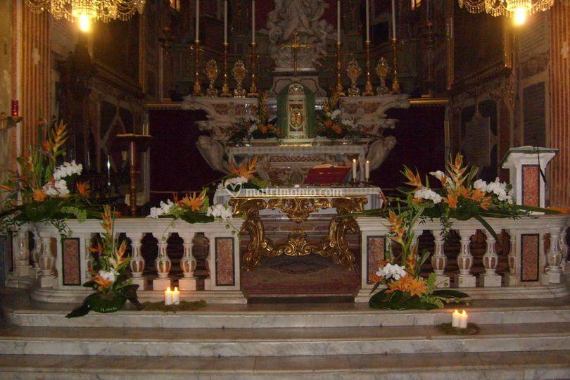 Alestimento chiesa con phalenopsis, sterlizie e lilium -tema: Japan-arancio