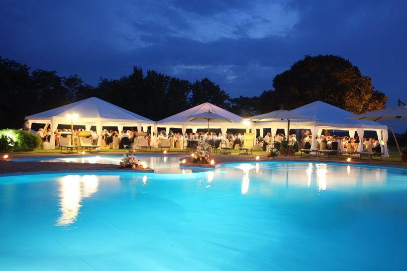 Matrimonio zona piscina