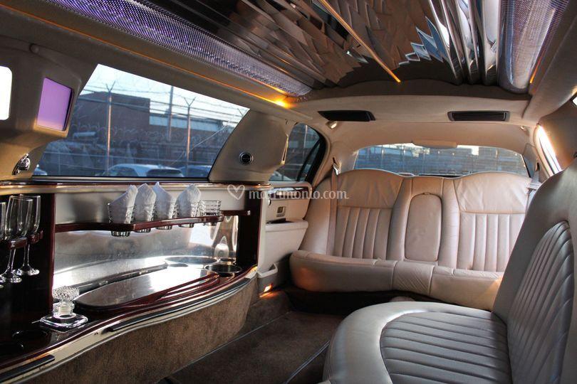 Noleggio Limousine Versilia