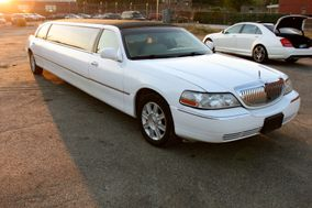 OMG Luxury Limousine Vintage & Super Car