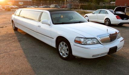 OMG Luxury Limousine Vintage & Super Car