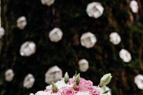 Alice & Flowers