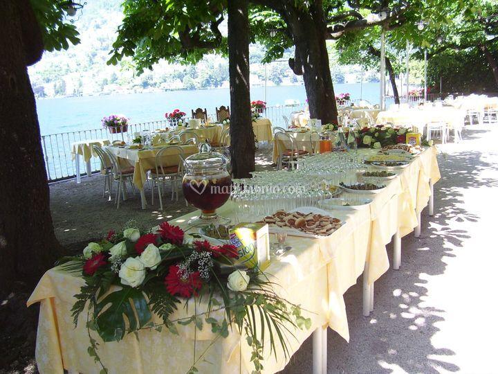 Tavolo aperitivi