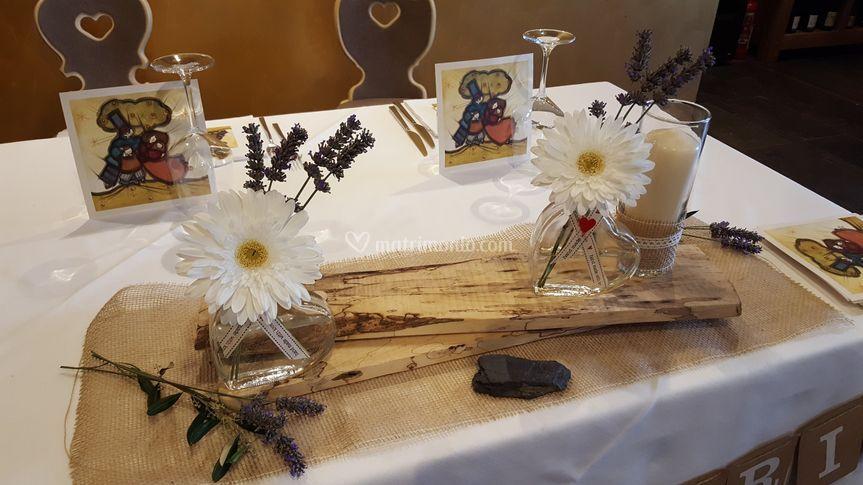 Il tavolo sposi rustico