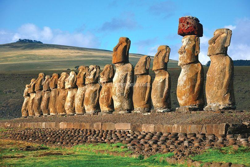 Moai all'Isola di Pasqua