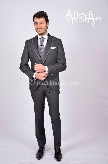 Allevi Sposo -  Gente & Moda