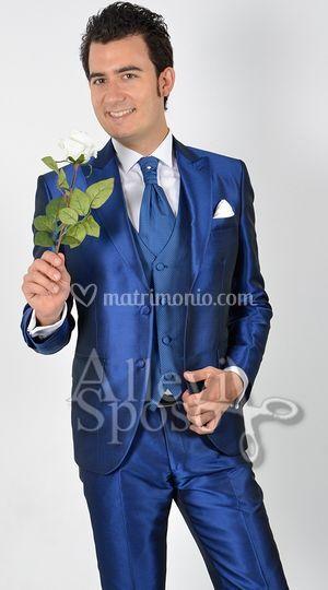 Vestito Matrimonio Uomo Blu Elettrico : Allevi sposo gente moda
